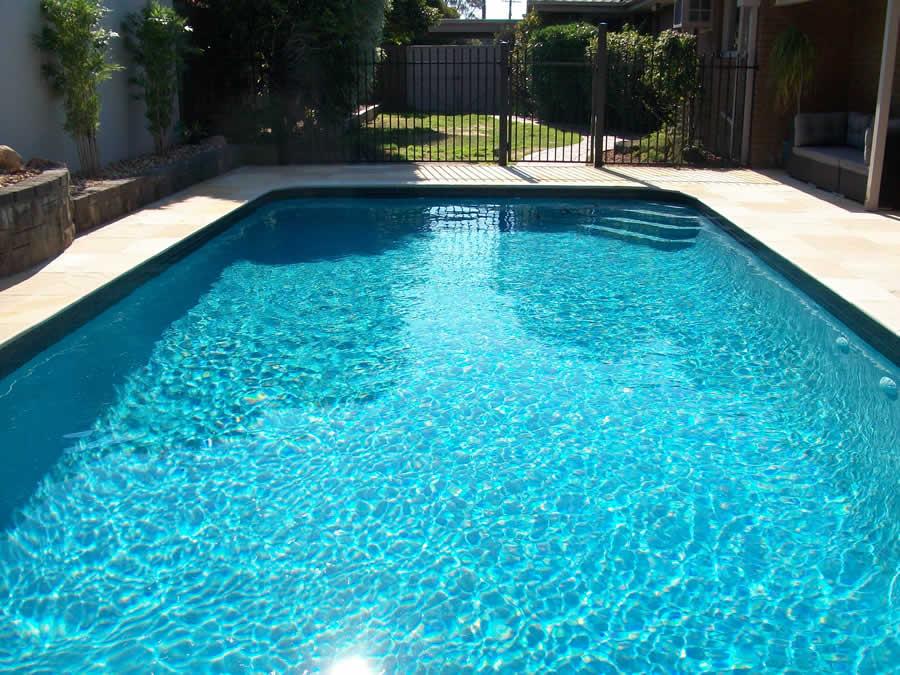 Swimming pool renovation vermont aquadreamz luxury for Swimming pool renovations